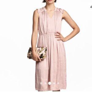 H&M Dresses - NWT H&M Blush Satin Dress